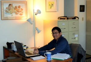 Kuo-Chun Ku working hard at Sycamore's office. Photo by Jaime Sweany.